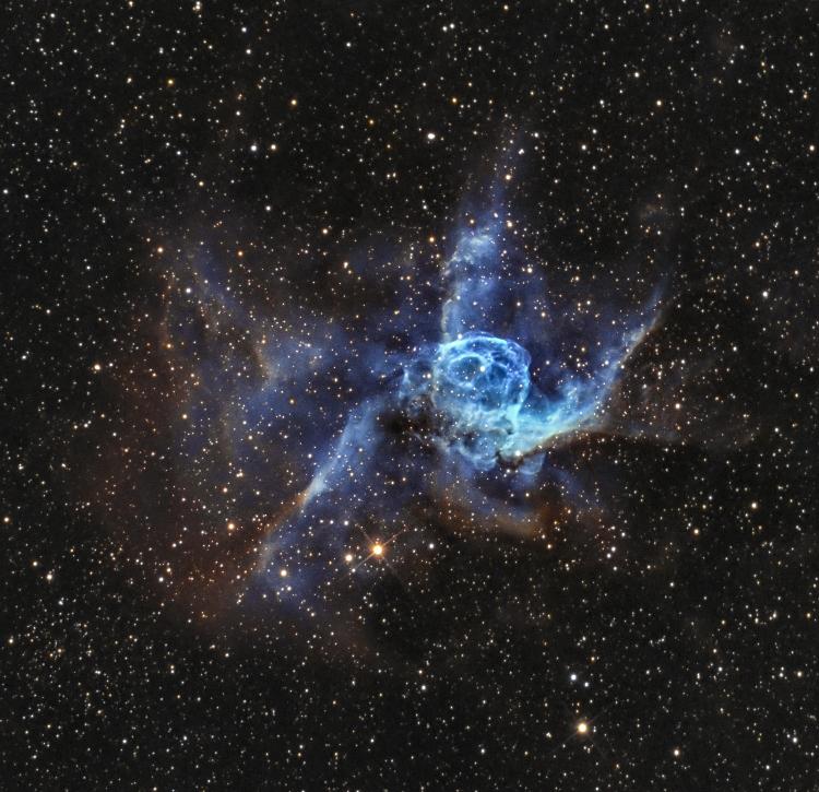 Le casque de Thor NGC 2359